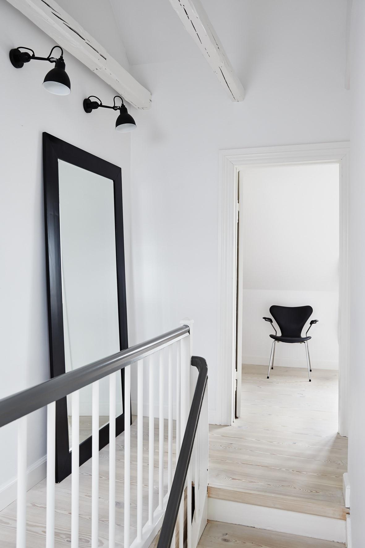 pine floor lye white soap hallinsgade stairs dinesen.jpg