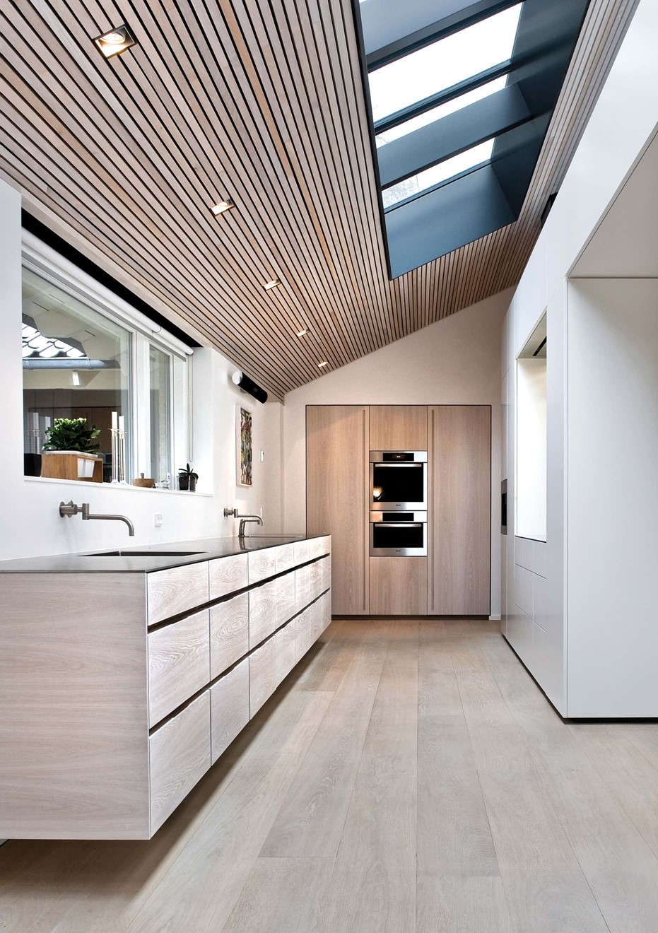 oak floor white oil casa aarhus kitchen dinesen.jpg