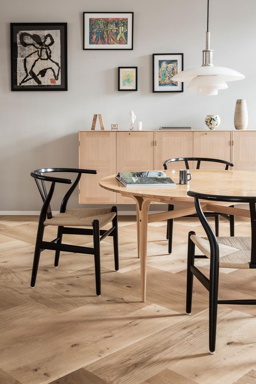 oak herringbone flooring natural oil garde hvalsoe apartment dining room dinesen.jpg