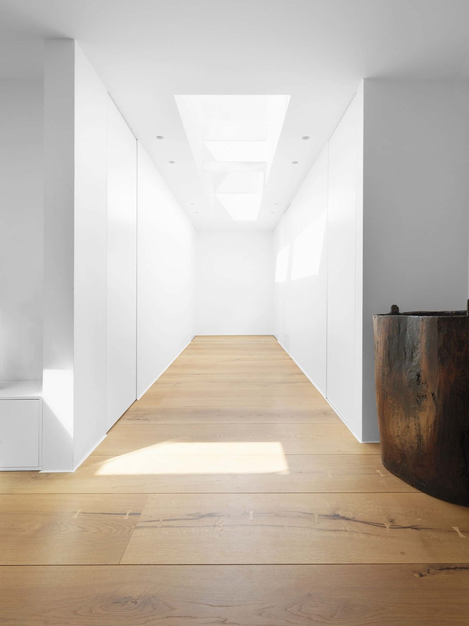 heartoak-flooring-oak_natural-oil_sjaelland_hallway_dinesen.jpg