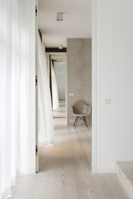 douglas-flooring_lye-white-soap_bedroom_dinesen_2.jpg