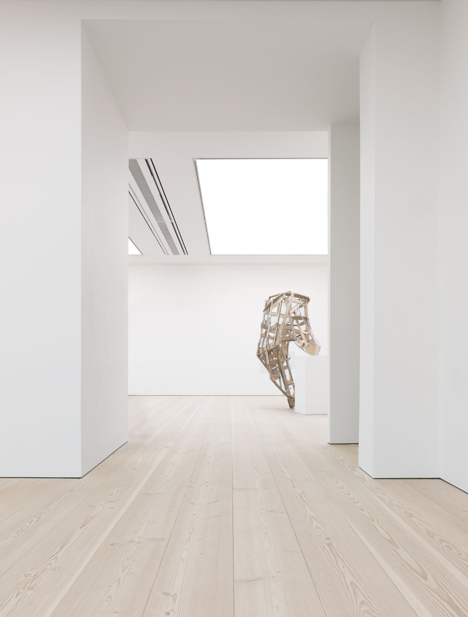 douglas-fir-flooring_lye-white-soap_saatchi-gallery_sculpture_dinesen_02_.jpg