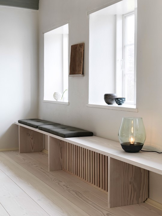 douglas-fir-floor_lye-white-soap-underfloor-heating_bench_dinesen-country-home.jpg