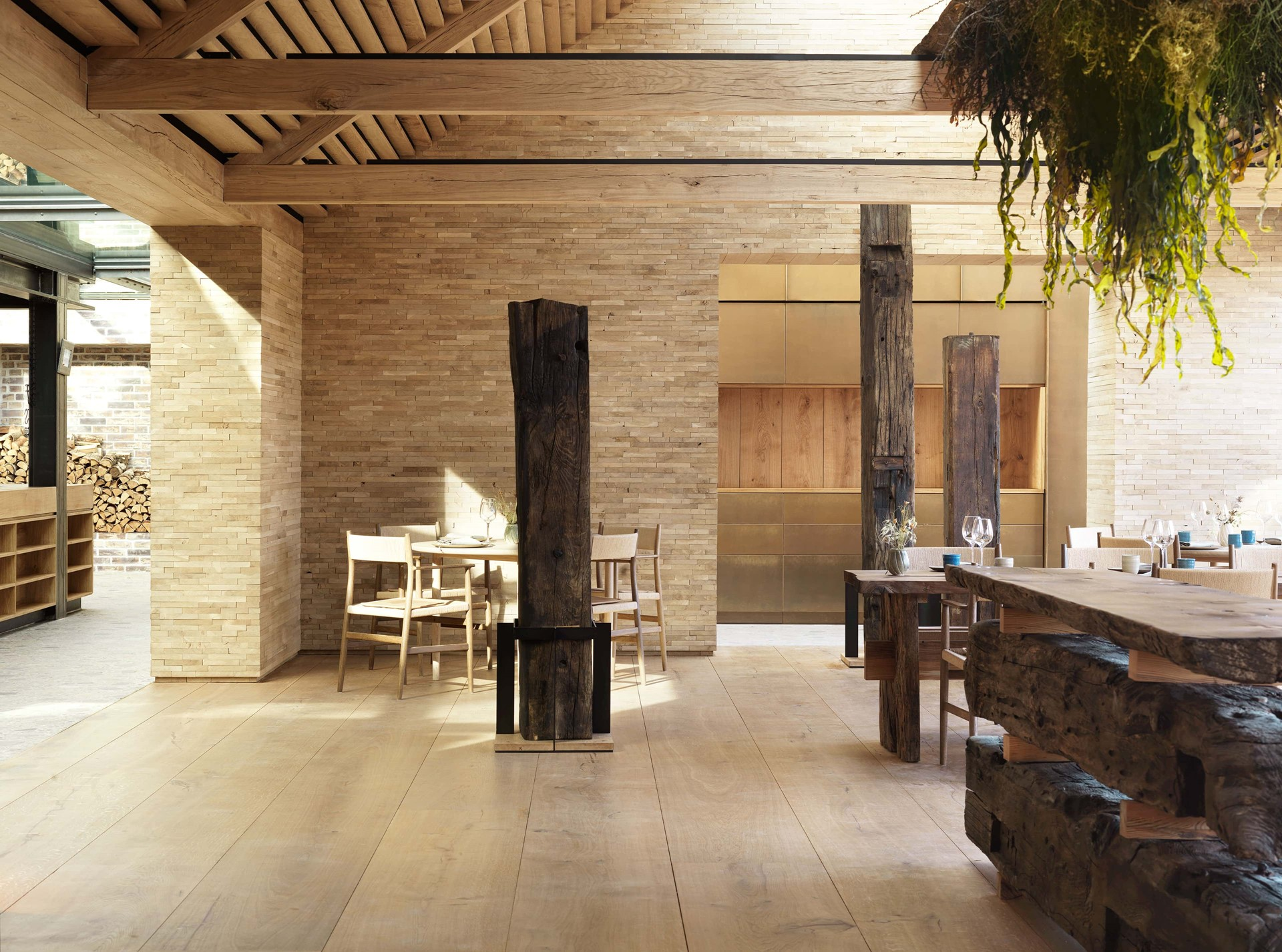 wide oak planks heartoak noma main dining studio david thulstrup dinesen.jpg