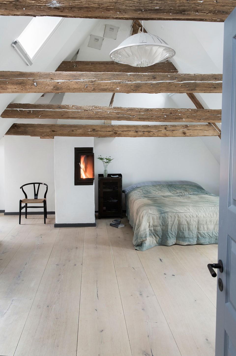 oak hardwood plank flooring heartoak white oil redzepi home bedroom dinesen.jpg