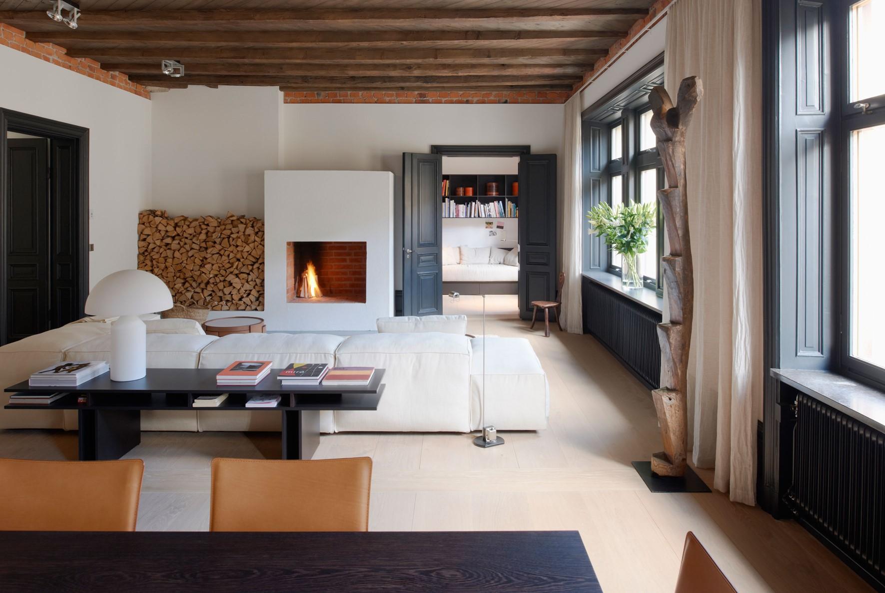 oak wooden floor grandoak white oil stockholm apartment diningroom dinesen.jpg