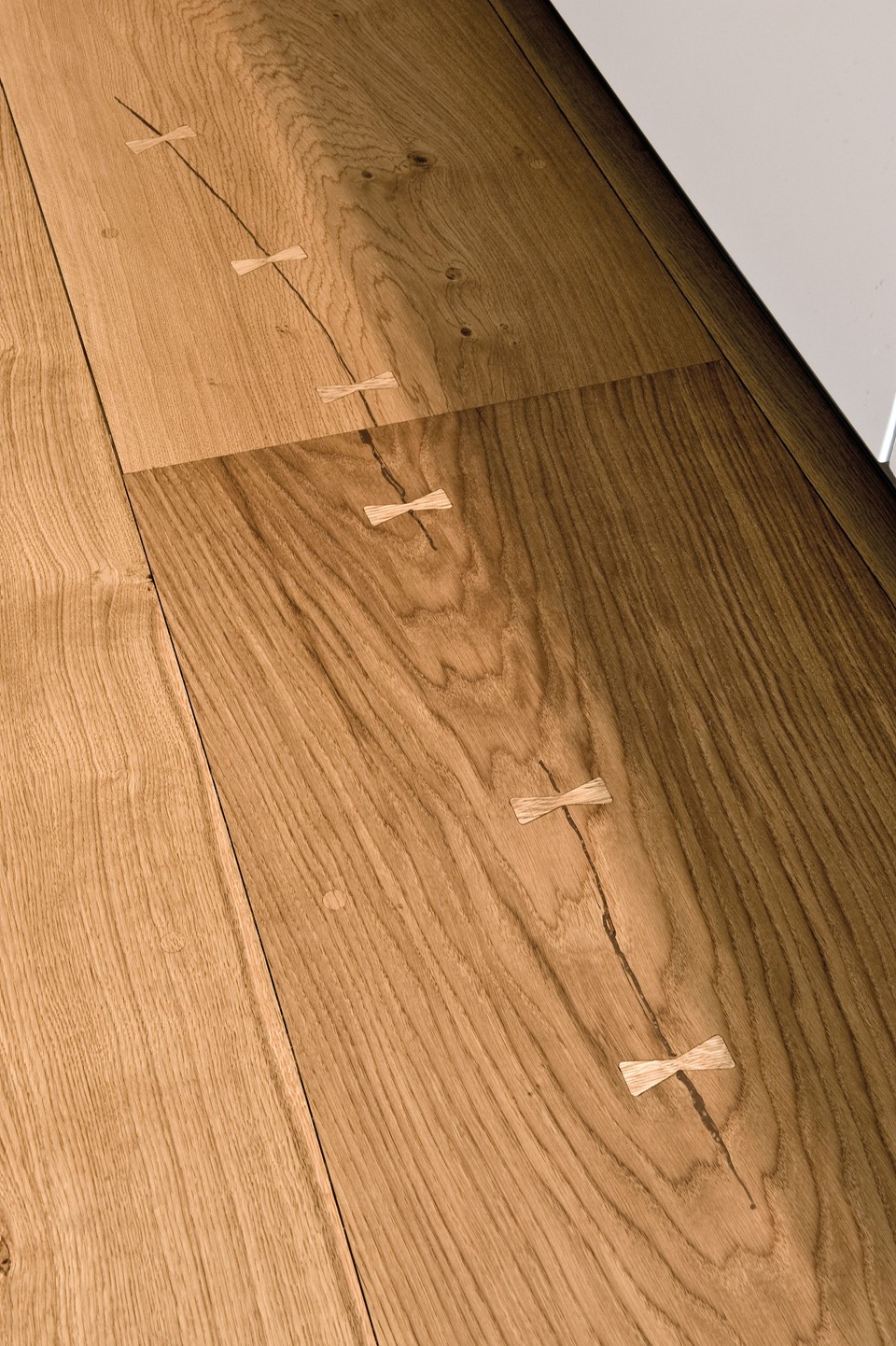 oak-hardwood-floors-heartoak_natural-oil_strib-residence_close-up_dinesen_02.jpg