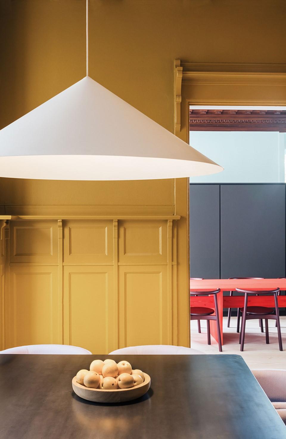 douglas-furniture-plank_mejlborg-aarhus-showroom_dinesen.jpg