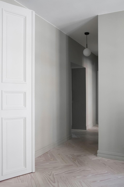 douglas-flooring-herringbone_lye-white-oil_elisabeth-heier_hallway_dinesen_03.jpg