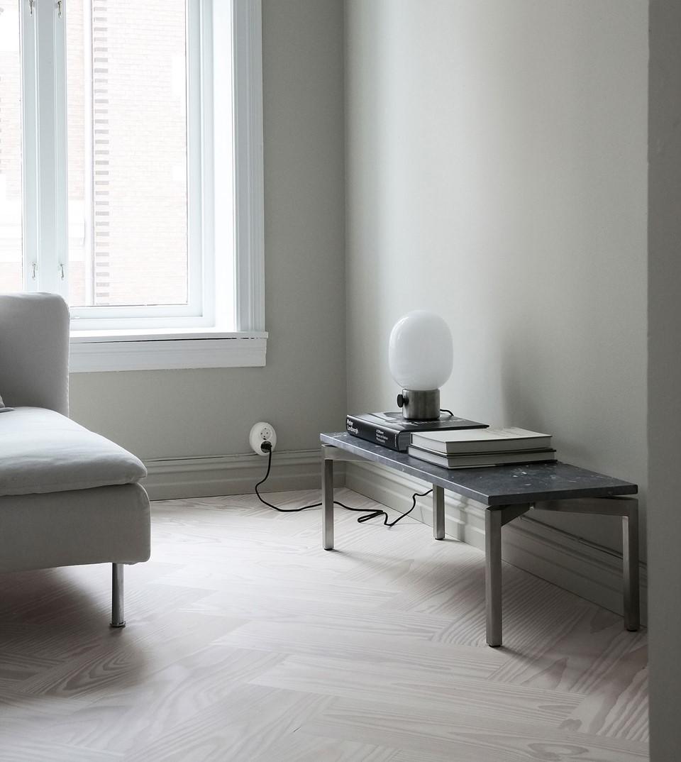 douglas-flooring-herringbone_lye-white-oil_elisabeth-heier_interior_dinesen_03.jpg