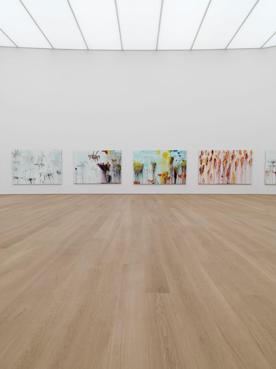 oak-flooring_lye-white-oil_museum-brandhorst_gallery-wall_dinesen.jpg