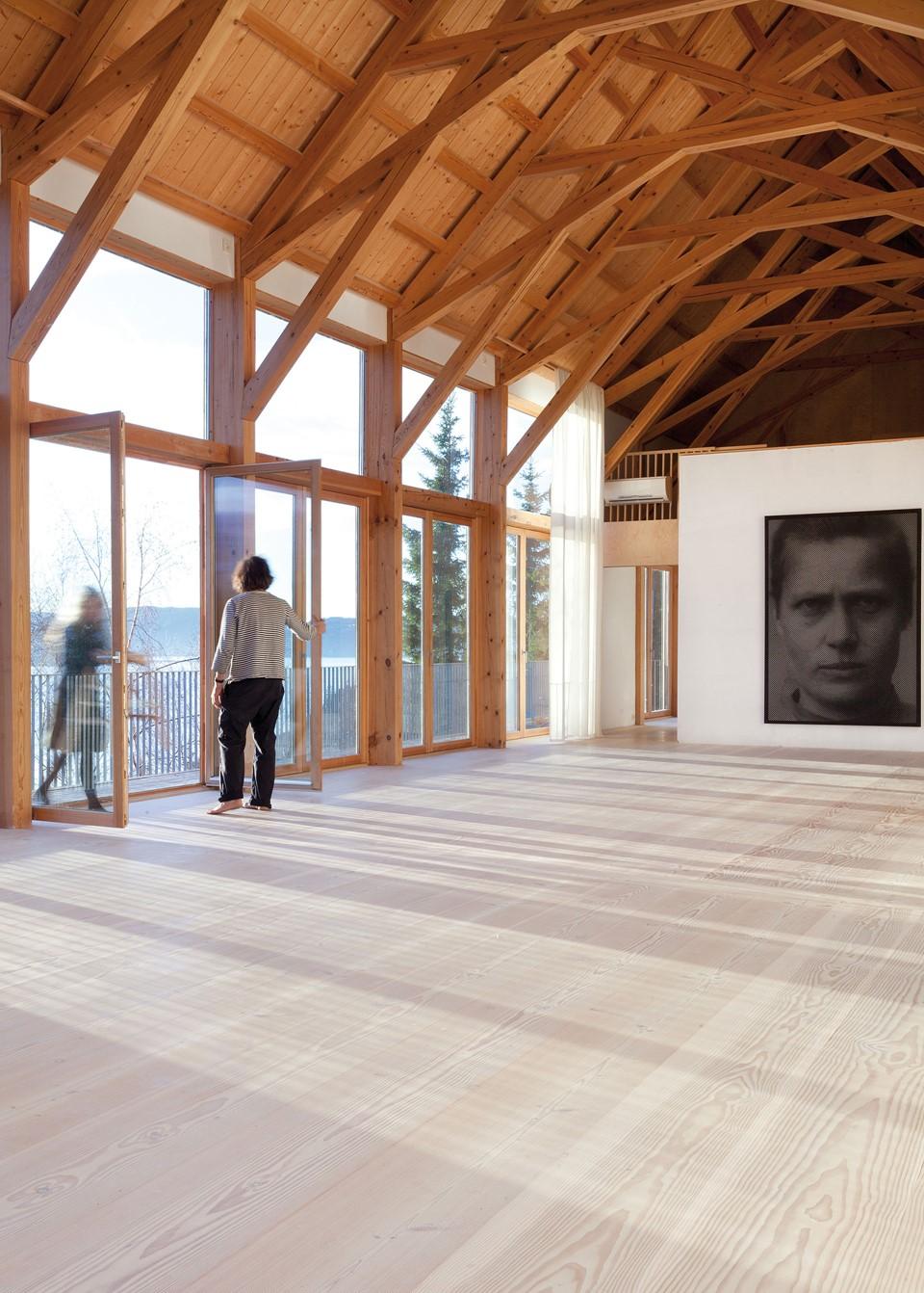 douglas-plank-flooring_lye-and-white-soap_studio-nylenne_dinesen.jpg