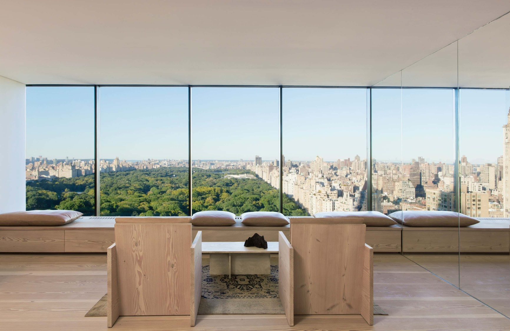 douglas-flooring_lye-and-white-soap_central-park-office_view_dinesen.jpg