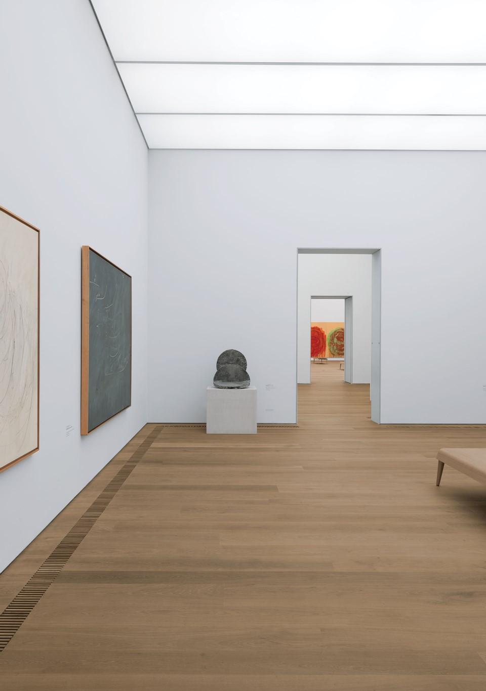 oak-flooring_white-oil_museum-brandhorst_dinesen01.jpg