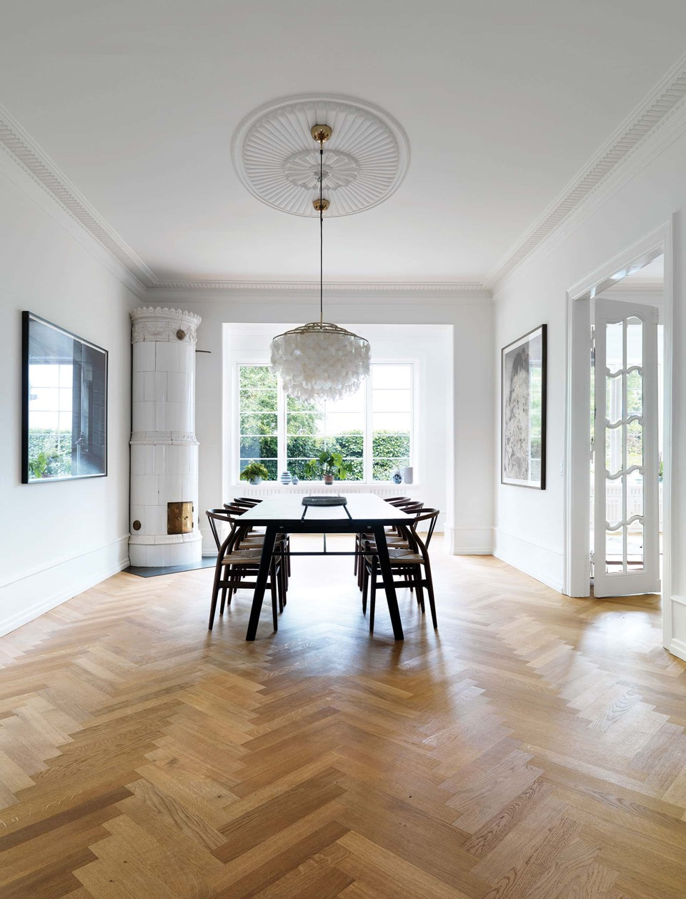 oak-herringbone-floor_natural-oil_villa-gentofte_dining-room_dinesen.jpg