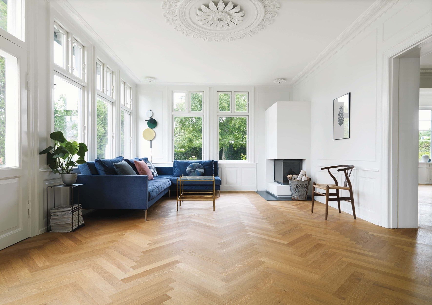 oak-herringbone-floor_natural-oil_villa-gentofte_living-room_dinesen.jpg