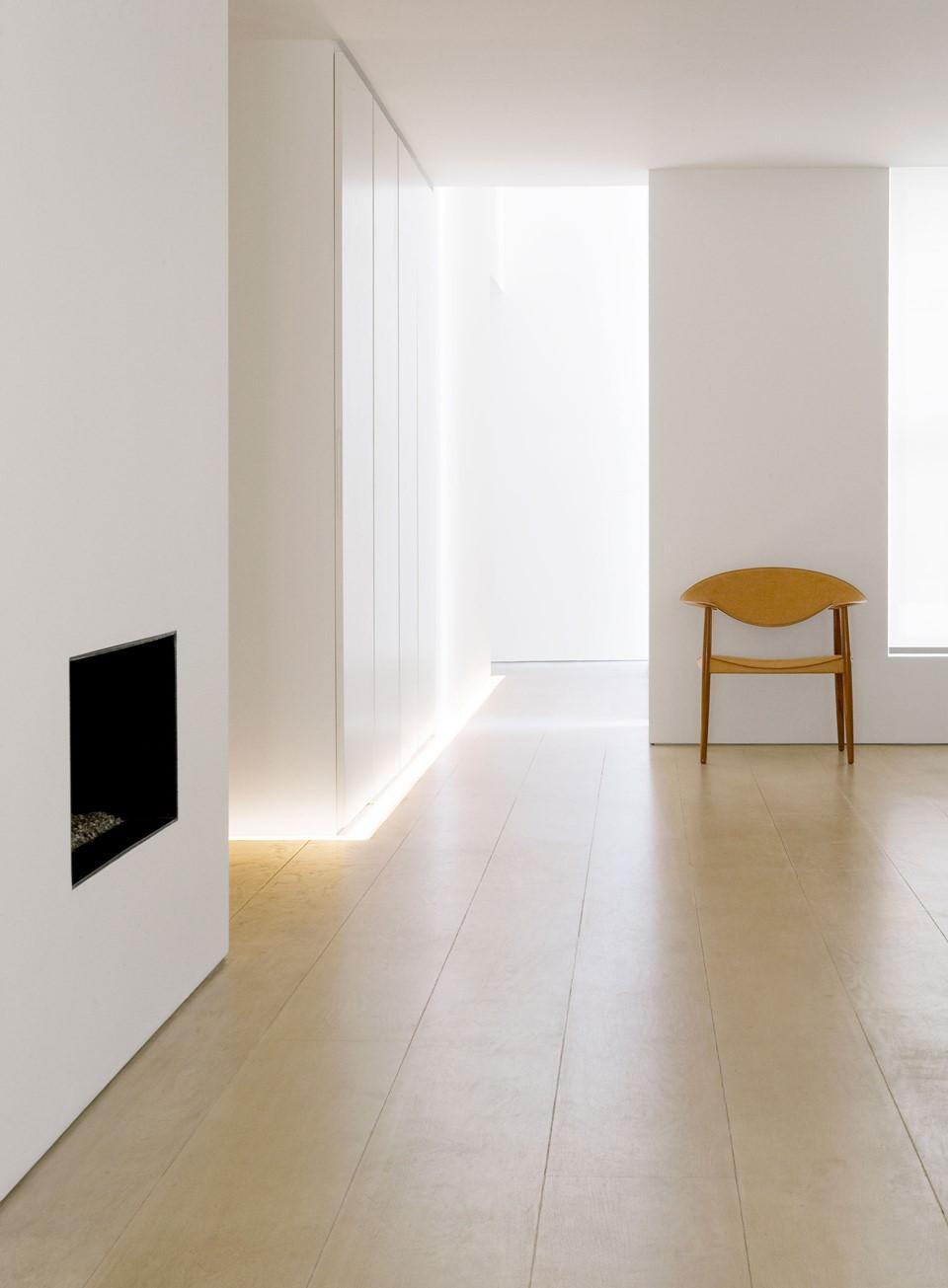 solid-oak-floor_white-oil_belgravia_johnpawson_dinesen.jpg
