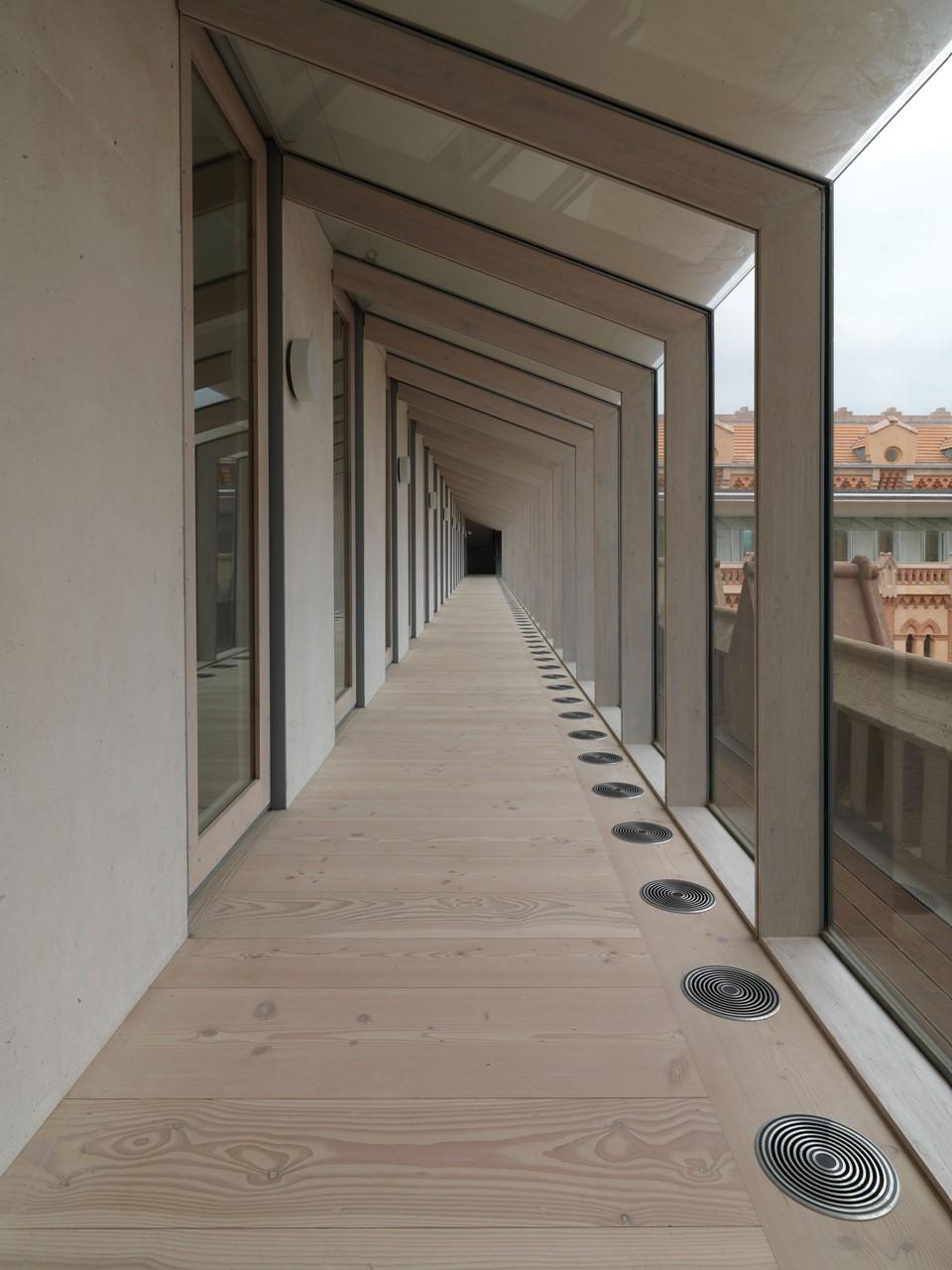 douglas-solid-floor-restoration_lye-white-soap_comillas-university-spain_dinesen.jpg