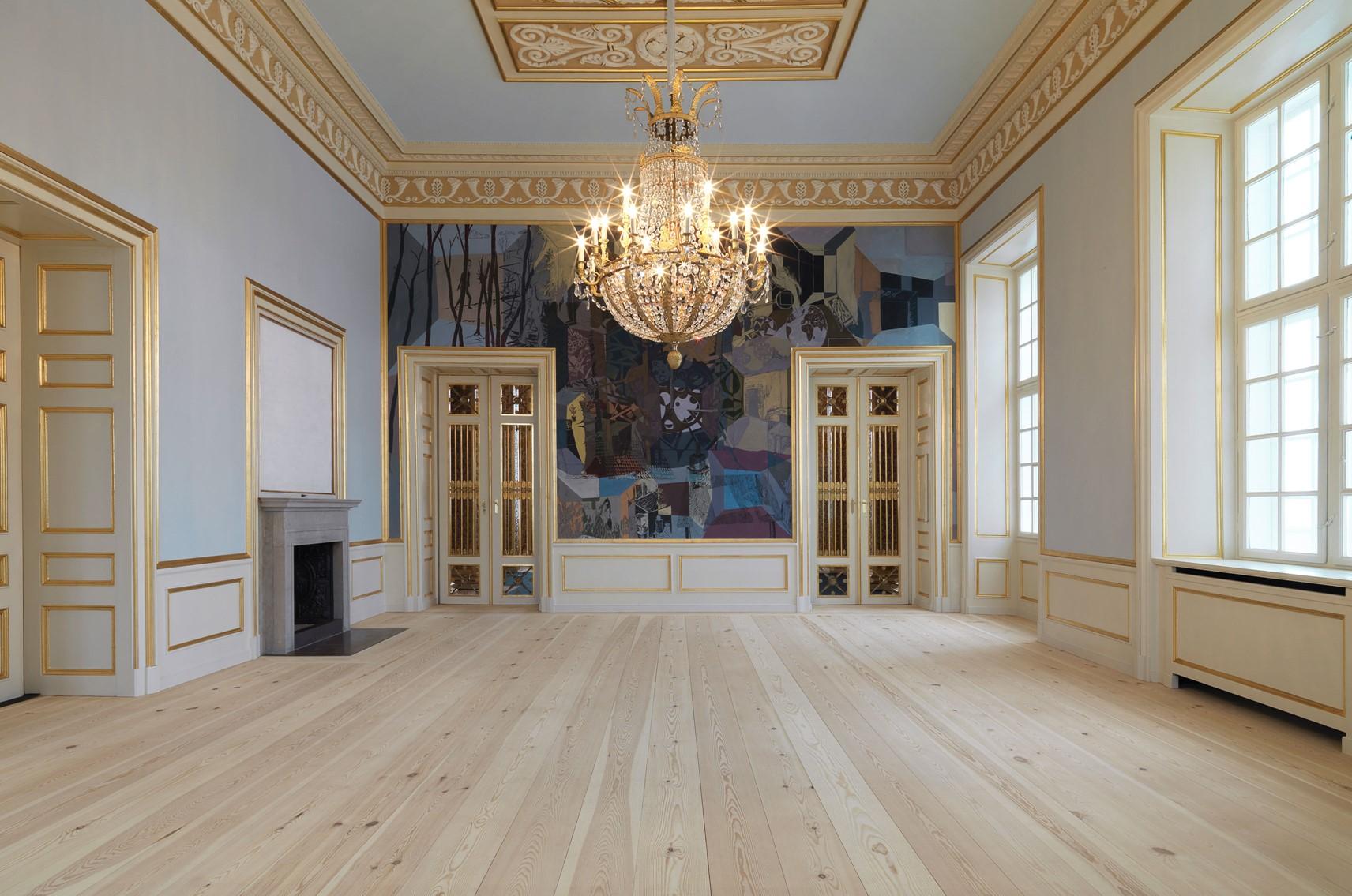 pine-plank-floor_natural-soap_amailienborg-slot-copenhagen_dinesen.jpg