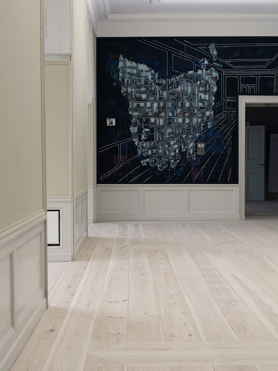 pine-plank-floor_natural-soap_frederik-viiis-palæ-amailienborg-castle_dinesen.jpg