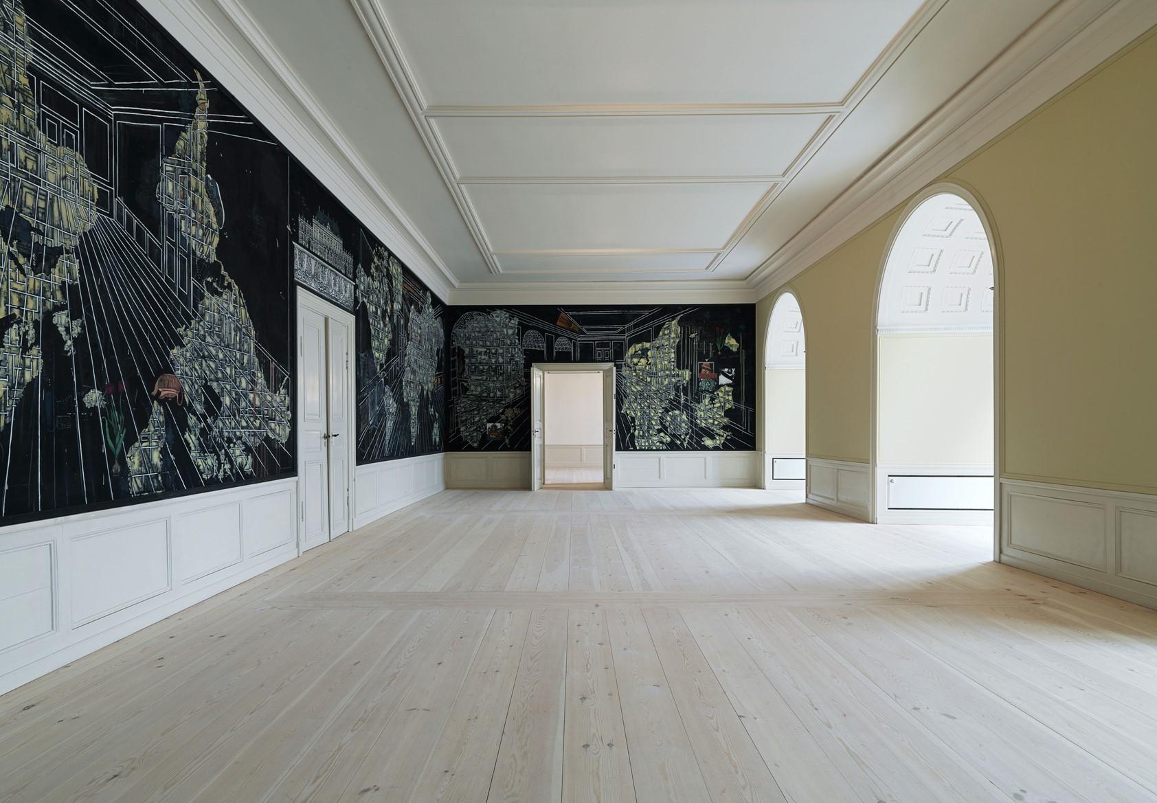 pine-plank-floor-restoration_natural-soap_amalienborg-slot_dinesen.jpg