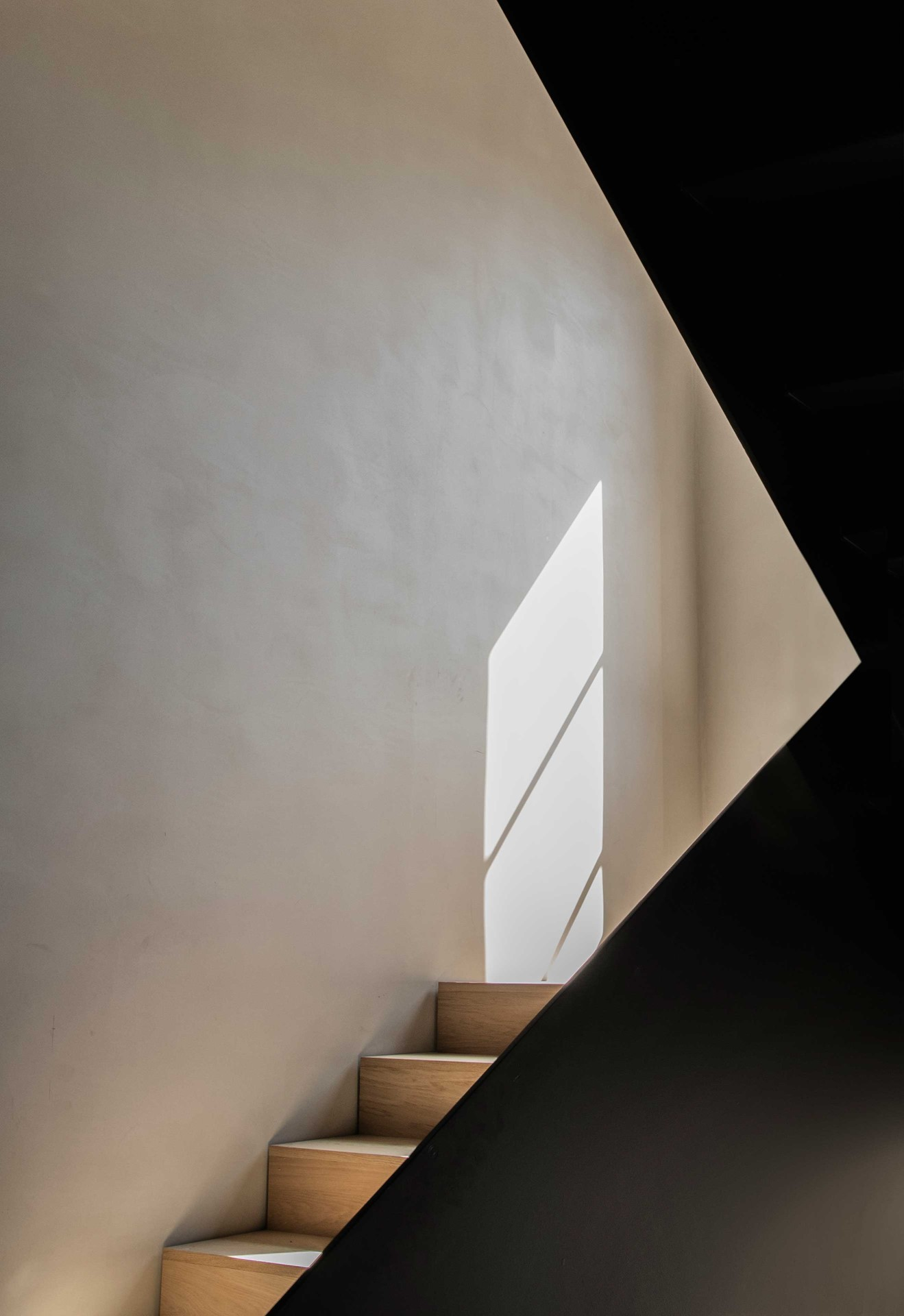 oak-planks_flooring-stairs_natural-oil_menu-the-audo_norm-architects_copehangen_dinesen.jpg