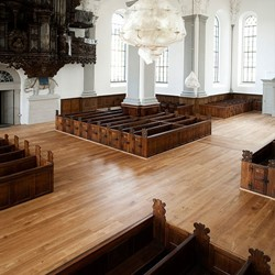 Oak-flooringVor-Frelsers-Kirke-(Our-Saviours-church).jpg